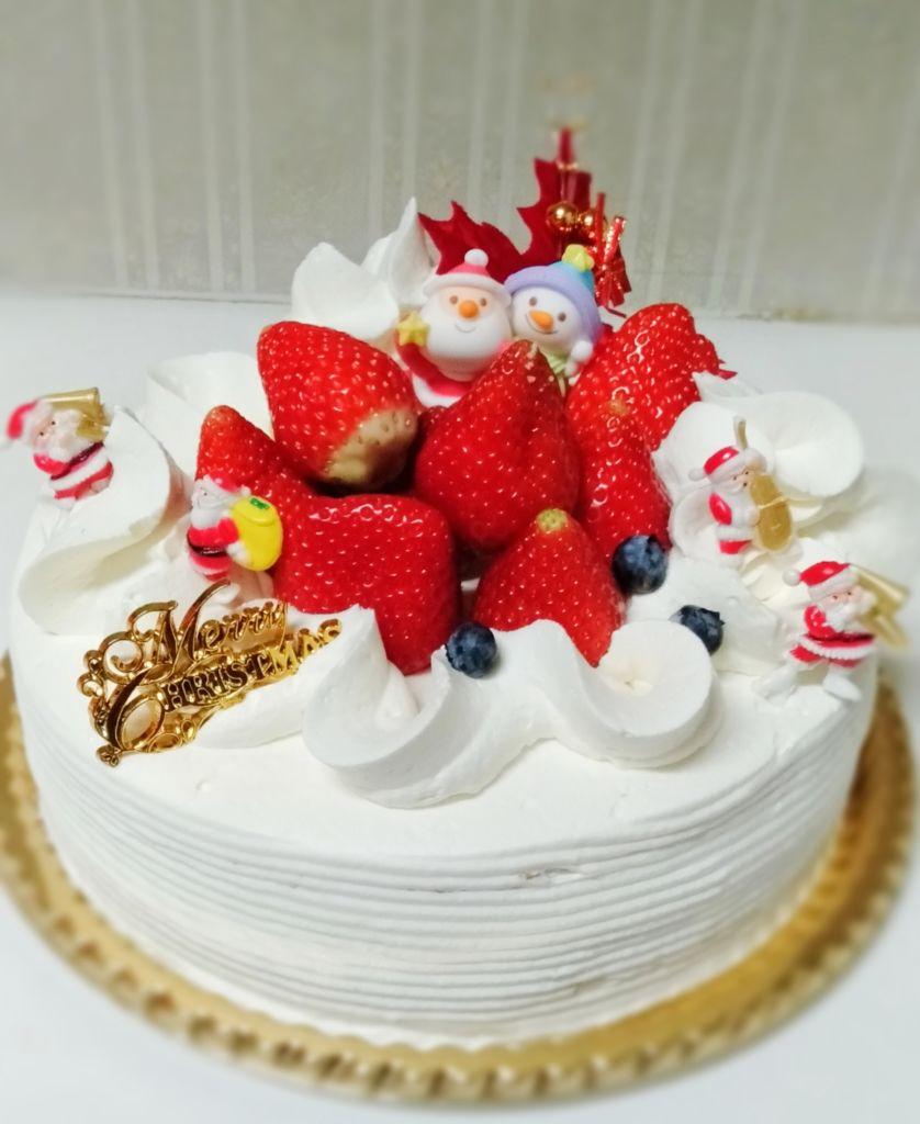 いちごのクリスマスケーキ 7号サイズ 岡崎市の琴教室 三味線教室 安城市 豊田市 知立市 刈谷市より便利
